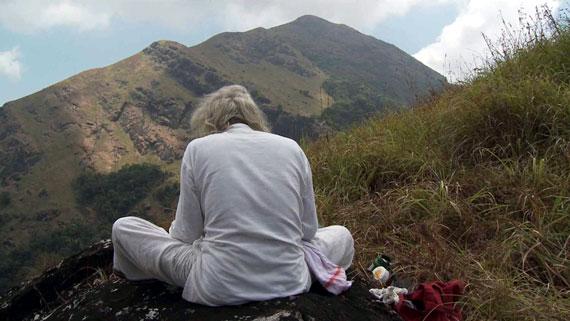 Kerala ist auch in Bezug auf die indische Gesellschaft eine Ausnahmeprovinz. Hier leben Religionsgemeinschaften wie Hindus, Christen, Juden und Moslems trotz aller Unterschiede harmonisch und respektvoll zusammen. Bild: ARTE F / © System TV