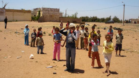 Marokko ist gerade für die Deutschen ein beliebtes Reiseziel. Kaum ein Tourist ahnt jedoch, dass hier Kinder wie Sklaven gehalten und zur Arbeit gezwungen werden.Bild: PHOENIX/ARD-Studio Madrid/Anneka