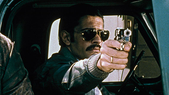 Der grausame Hugo (Pablo Echarri) macht gnadenlos Jagd auf Regimegegner. Bild: WDR/Degeto